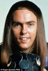 Dave Hill (IV)