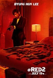 RED 2: Aposentados e Ainda Mais Perigosos  - Poster / Capa / Cartaz - Oficial 6