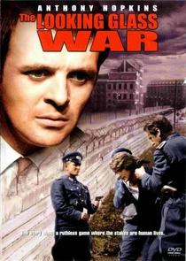 A Guerra no Espelho - Poster / Capa / Cartaz - Oficial 1