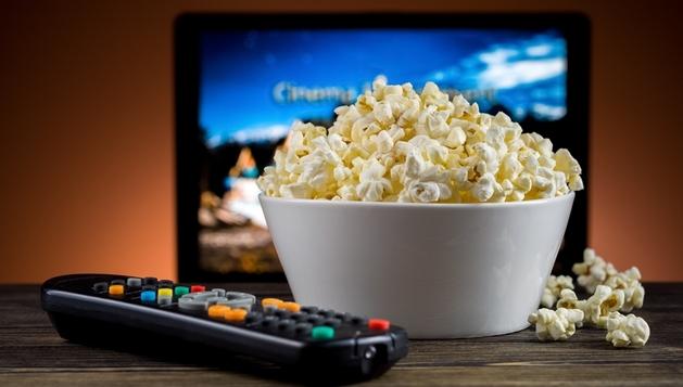 A SOLUÇÃO PARA OS CINÉFILOS: 5 vantagens de assistir a filmes em ...