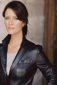 Taryn O'Neill (I)