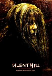 Terror em Silent Hill - Poster / Capa / Cartaz - Oficial 8