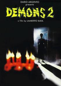 Demons 2 - Eles Voltaram - Poster / Capa / Cartaz - Oficial 1