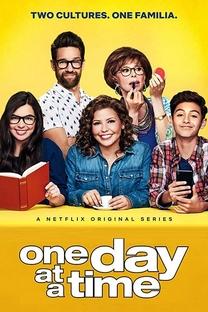 Um Dia de Cada Vez (1ª Temporada) - Poster / Capa / Cartaz - Oficial 2