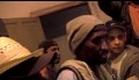 'Atrás da Porta'  |  Trailer  |  2010  |  HD