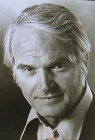 Dennis Patrick (I)