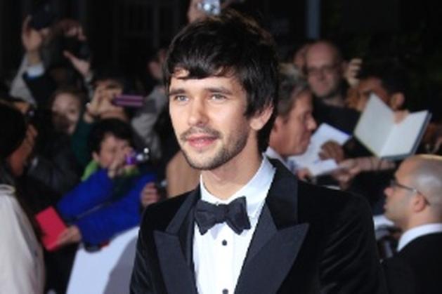 """Após saída de Sacha Cohen, ator de """"007"""" será Freddie Mercury em filme - Notícias - UOL Cinema"""
