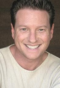 Gus Lynch (II)