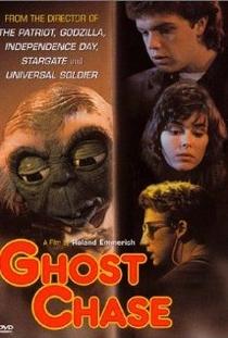 A Caça aos Fantasmas - Poster / Capa / Cartaz - Oficial 1