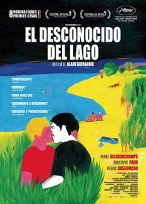 Um Estranho no Lago - Poster / Capa / Cartaz - Oficial 12