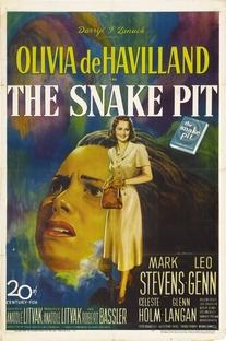 A Cova da Serpente - Poster / Capa / Cartaz - Oficial 1