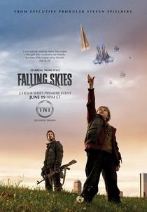 Falling Skies (1ª Temporada) - Poster / Capa / Cartaz - Oficial 4