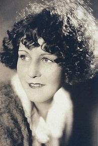 Kay Johnson (I)