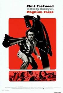 Magnum 44 - Poster / Capa / Cartaz - Oficial 7