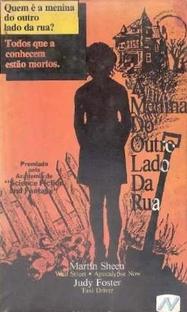 A Menina do Outro Lado da Rua - Poster / Capa / Cartaz - Oficial 5