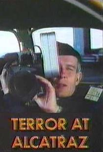 Terror at Alcatraz - Poster / Capa / Cartaz - Oficial 1