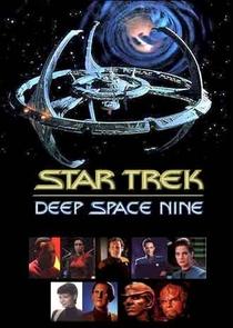 Jornada nas Estrelas: Deep Space Nine (1ª Temporada) - Poster / Capa / Cartaz - Oficial 2