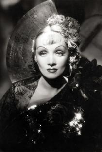 Marlene Dietrich - Poster / Capa / Cartaz - Oficial 9