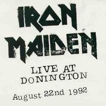 Iron Maiden Live at Donington - Poster / Capa / Cartaz - Oficial 1