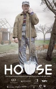 A Casa - Poster / Capa / Cartaz - Oficial 2