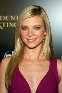 Amy Smart - Poster / Capa / Cartaz - Oficial 1