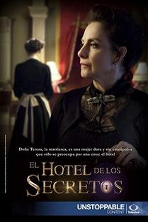 El hotel de los secretos - Poster / Capa / Cartaz - Oficial 2