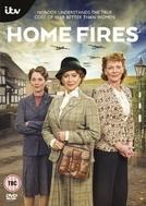 Home Fires (1ª Temporada) (Home Fires (Season 1))