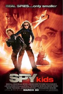 Pequenos Espiões - Poster / Capa / Cartaz - Oficial 1