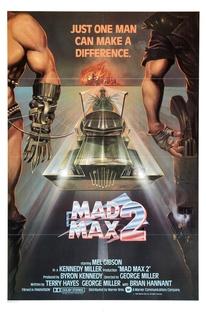 Mad Max 2: A Caçada Continua - Poster / Capa / Cartaz - Oficial 1