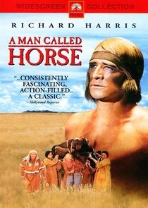 Um Homem Chamado Cavalo - Poster / Capa / Cartaz - Oficial 2