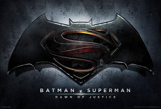 Batman V Superman- Em nova imagem do set de filmagens a empresa do Bruce Wayne aparece destruída