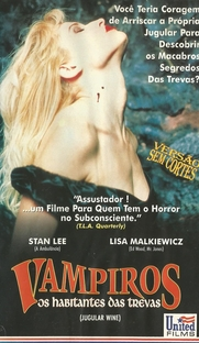 Vampiros - Os Habitantes das Trevas  - Poster / Capa / Cartaz - Oficial 2