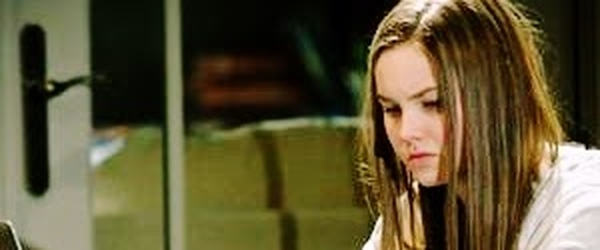 """O filme """"Confiar"""" e a adolescência"""
