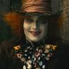 """Johnny Depp negocia continuação de """"Alice no País das Maravilhas"""""""