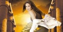 Caçadora de Relíquias (3ª Temporada) - Poster / Capa / Cartaz - Oficial 2