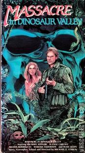 Perdidos no Vale dos Dinossauros - Poster / Capa / Cartaz - Oficial 8