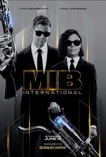MIB: Homens de Preto - Internacional - Poster / Capa / Cartaz - Oficial 9