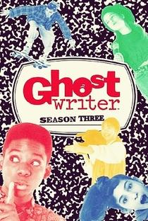 O Fantasma Escritor (3ª Temporada) - Poster / Capa / Cartaz - Oficial 1
