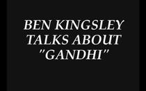 Ben Kingsley Fala Sobre Gandhi - Poster / Capa / Cartaz - Oficial 1