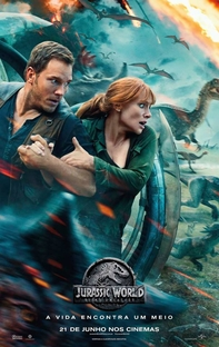 Jurassic World: Reino Ameaçado - Poster / Capa / Cartaz - Oficial 3