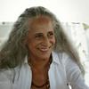 """Com Maria Bethânia, """"Fevereiros"""" divulga trailer"""