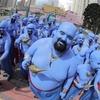 Personagem de Aladdin invade o carnaval de rua de São Paulo
