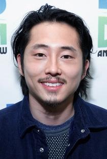 Steven Yeun - Poster / Capa / Cartaz - Oficial 3