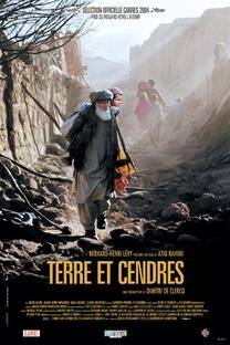 Terra e Cinzas - Poster / Capa / Cartaz - Oficial 1