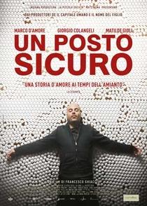 Un Posto Sicuro - Poster / Capa / Cartaz - Oficial 1