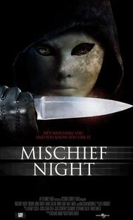 Noite das Bruxas Macabra - Poster / Capa / Cartaz - Oficial 1