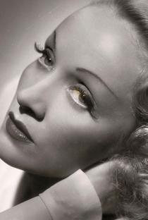 Marlene Dietrich - Poster / Capa / Cartaz - Oficial 4