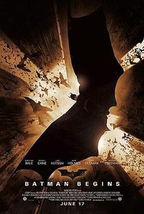 Batman Begins - Poster / Capa / Cartaz - Oficial 2