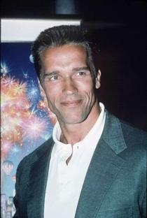 Arnold Schwarzenegger - Poster / Capa / Cartaz - Oficial 9