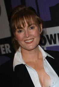 Laura Innes (I)